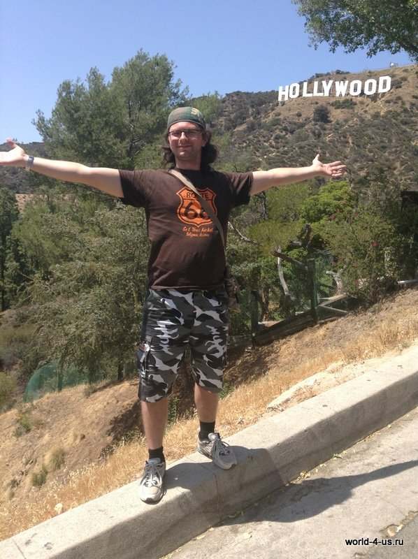 Сергей на фоне Hollywood Sign