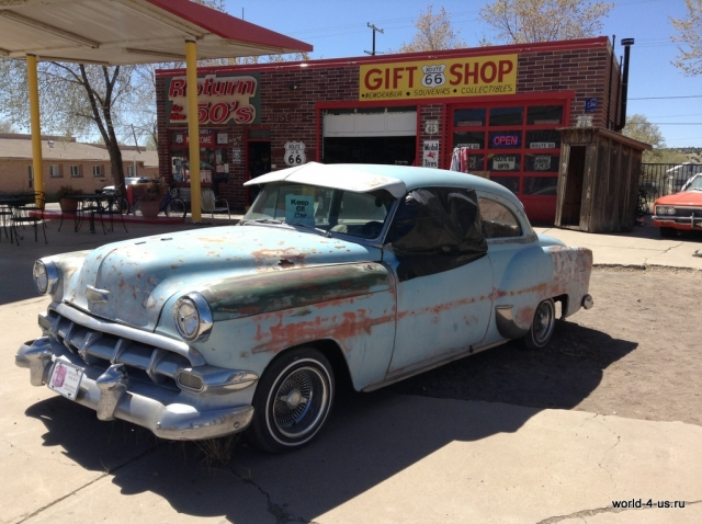 Old school car route 66