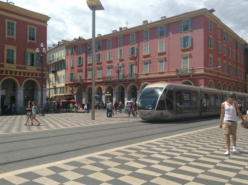 Как добраться от аэропорта Ниццы (CDZ) до города